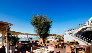 An Evening Buffet For Two at Lakeview, Dubai Creek Golf & Yacht Club